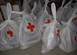 Djelatnici Crvenog križa Poreč podijelili 140 prigodnih Uskršnjih paketa