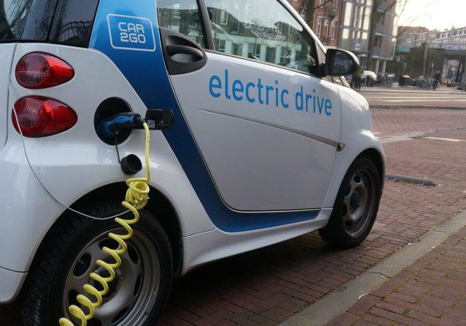 Kreću poticaji za kupnju električnih vozila: Ponuda vozila nikad bogatija, zloglasni 'najbrži prst' otišao je u povijest