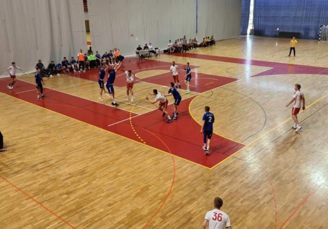 Mladi rukometaši Poreča poraženi su od Zadra u zadnjoj utakmici u skupini