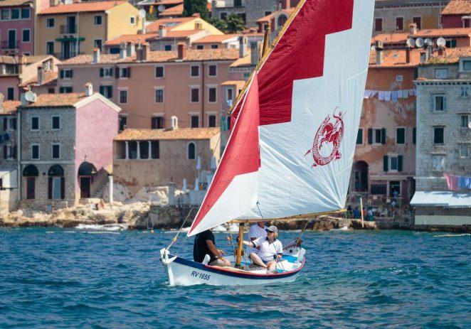 U subotu, 12. lipnja, održava se 15. Rovinjska regata tradicijskih barki