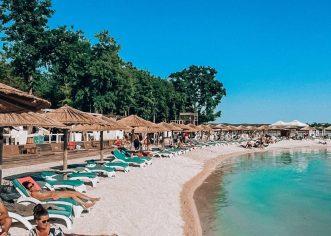 U Hrvatskoj za vikend 191.000 turista, booking za ljetne mjesece za pojedine vrste smještajnih objekata gotovo na razinama  2019. godine