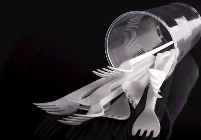 Sabor zabranio plastične čaše, slamke, pribor za jelo…