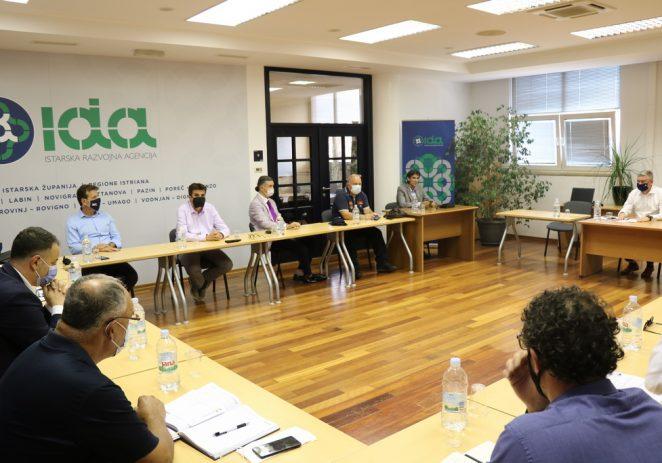 Održana 1. koordinacija istarskog župana s gradonačelnicima