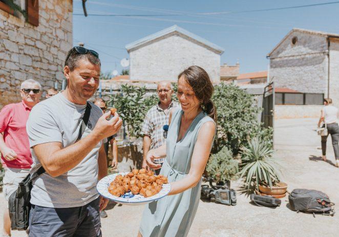 Jednstvena ponuda u Kaštelir-Labincima: Svakoga petka besplatno probajte vrhunske domaće proizvode