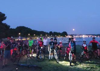 Biciklistički klub Poreč organizirao 3.Full moon biciklijadu