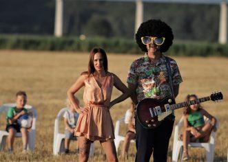 U pauzi snimanja svog prvog albuma, Porečki Tacoor je objavio treći singl