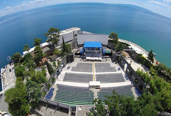 Na Ljetnoj pozornici Opatija od danas na programe moguće dolaziti BEZ COVID POTVRDE