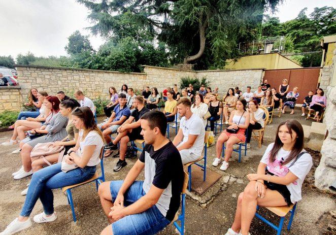 Svečana promocija agrotehničara i ekonomista Srednje škole Mate Balote Poreč