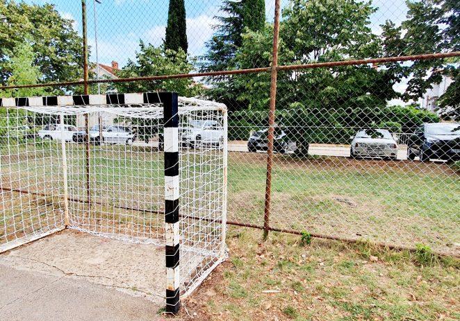 Nastavlja se s uređenjem dječjih i polivalentnih igrališta po svim naseljima Poreča