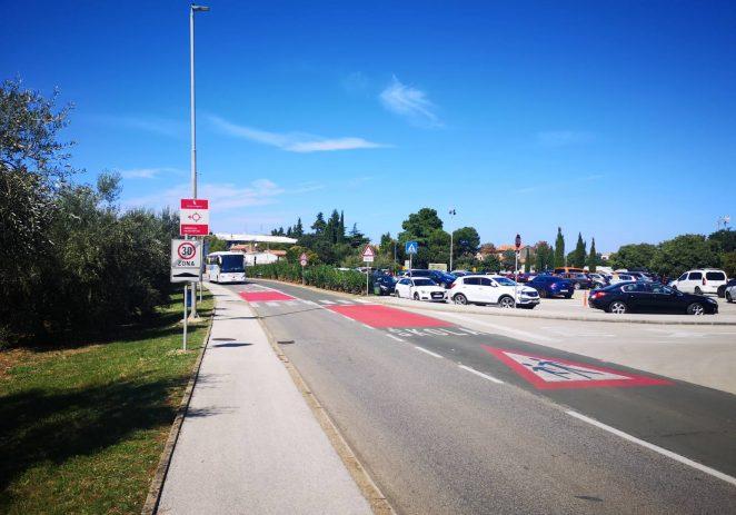 Uoči početka nove školske godine uređena je i obnovljena prometna signalizacije i urbana oprema za sigurnost najmlađih u prometu