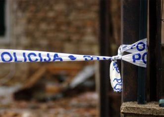 Bankomat u Vrsaru su pokušali orobiti pomoću kamiona i čeličnog užeta